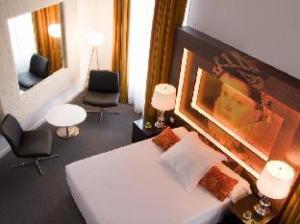 Room Mate Laura Hotel