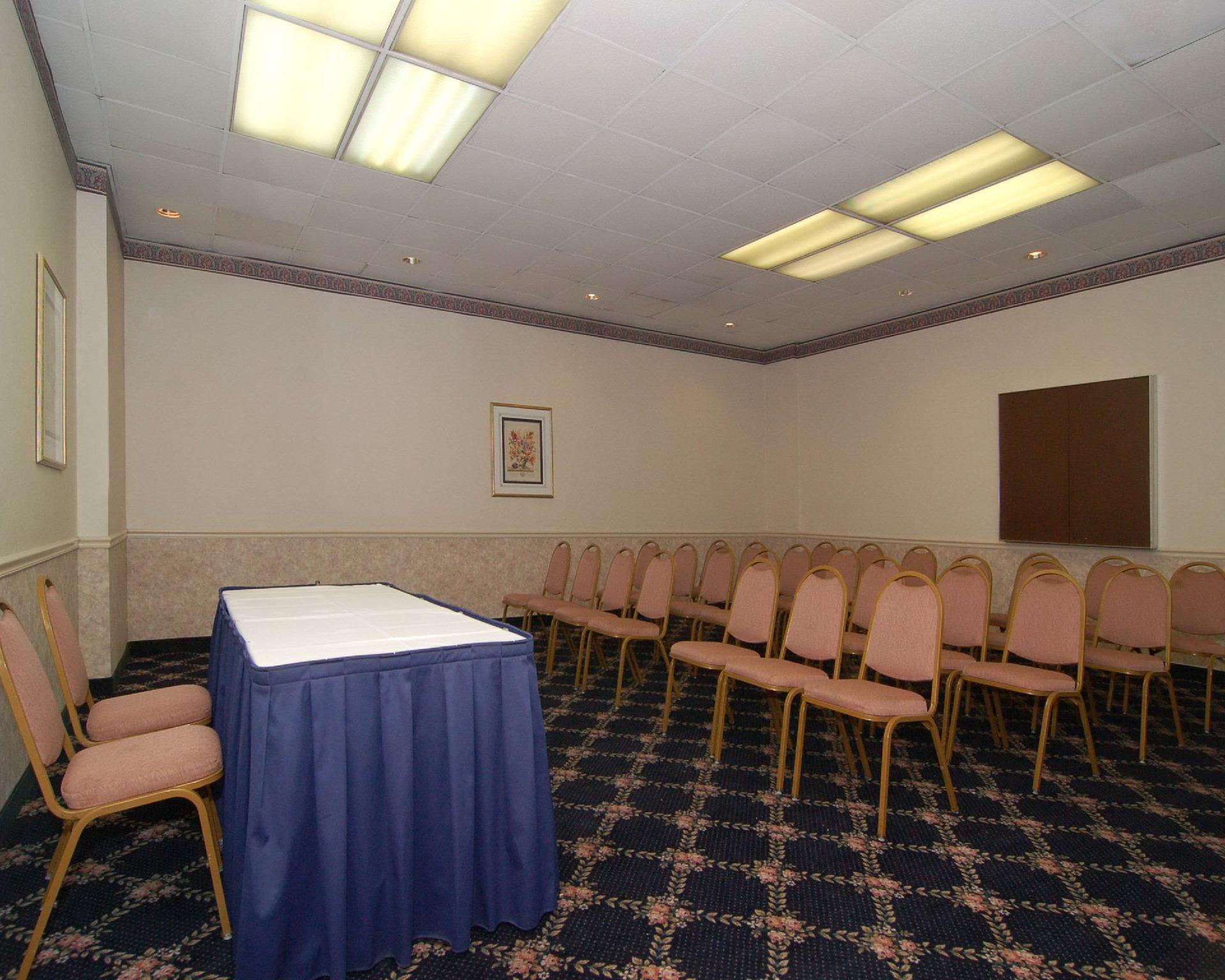 Review Econo Lodge