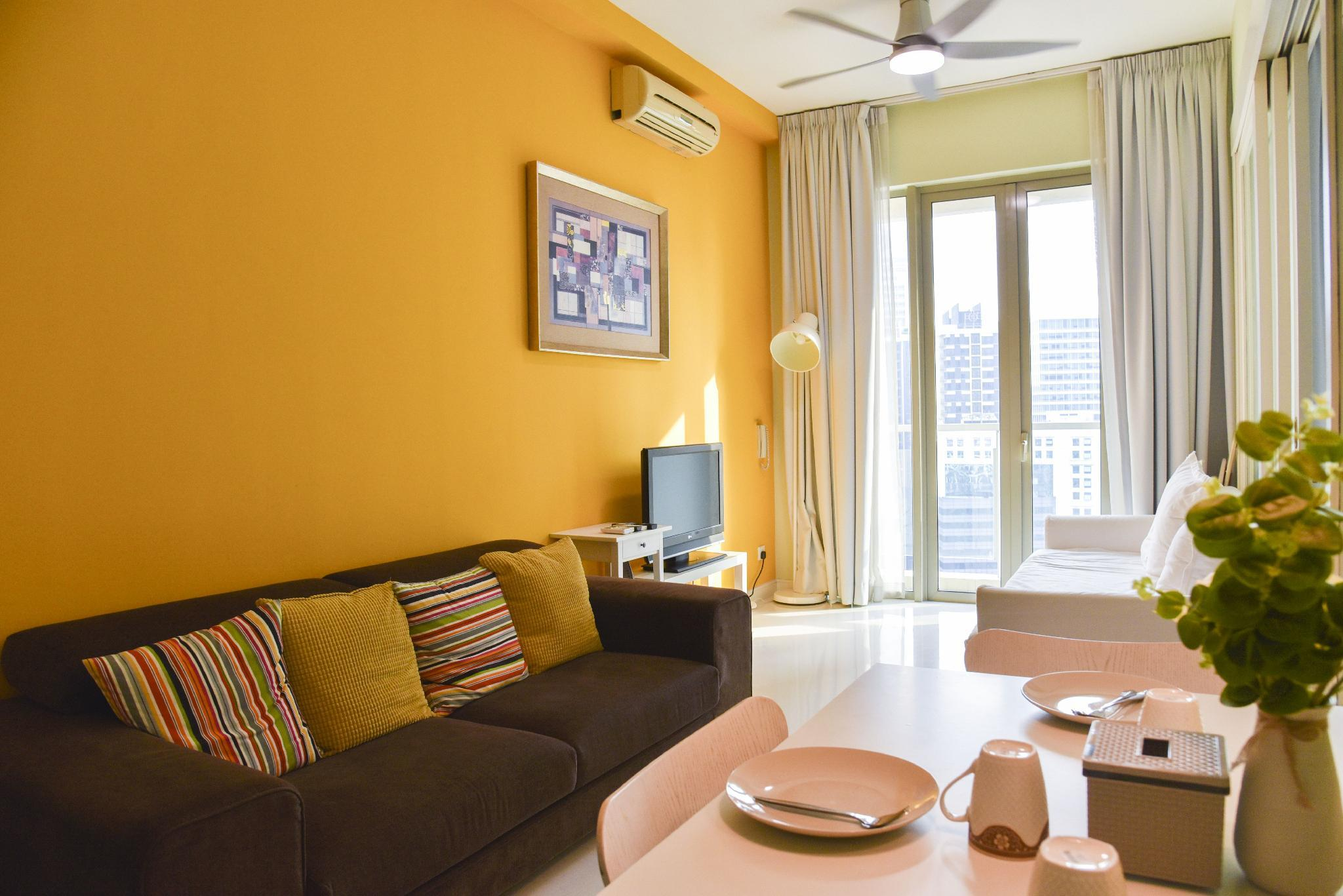 1BR Suite With Kitchen Next To Twin Towers  A19