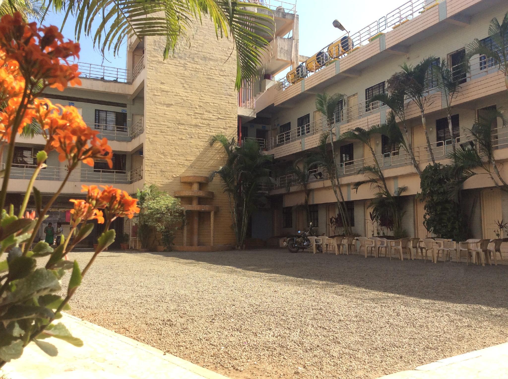 Hotel Royale Heritage