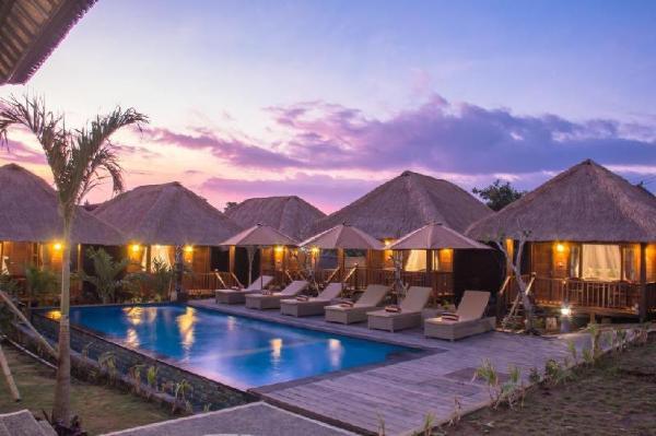 Lembongan Mantra Huts Bali