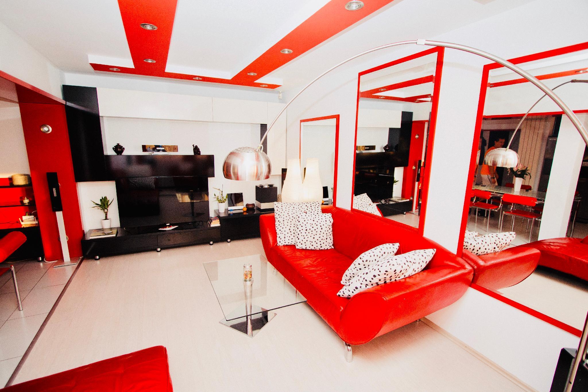 Red Nest Homestay