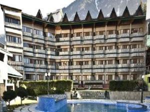 Hotel Piccadily Manali
