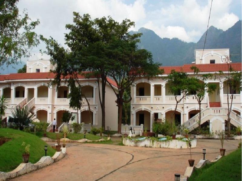 Black Thunder Resort   Mettupalayam