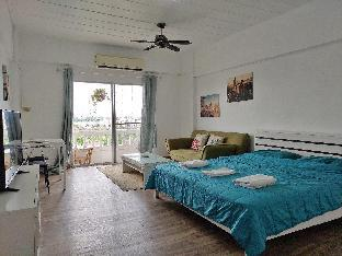 Balcony condo, 2 pools, friendly neighborhood! บ้านเดี่ยว 1 ห้องนอน 1 ห้องน้ำส่วนตัว ขนาด 37 ตร.ม. – บ้านบึง