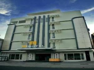 เอ็ม โฮเต็ล (M Hotel)