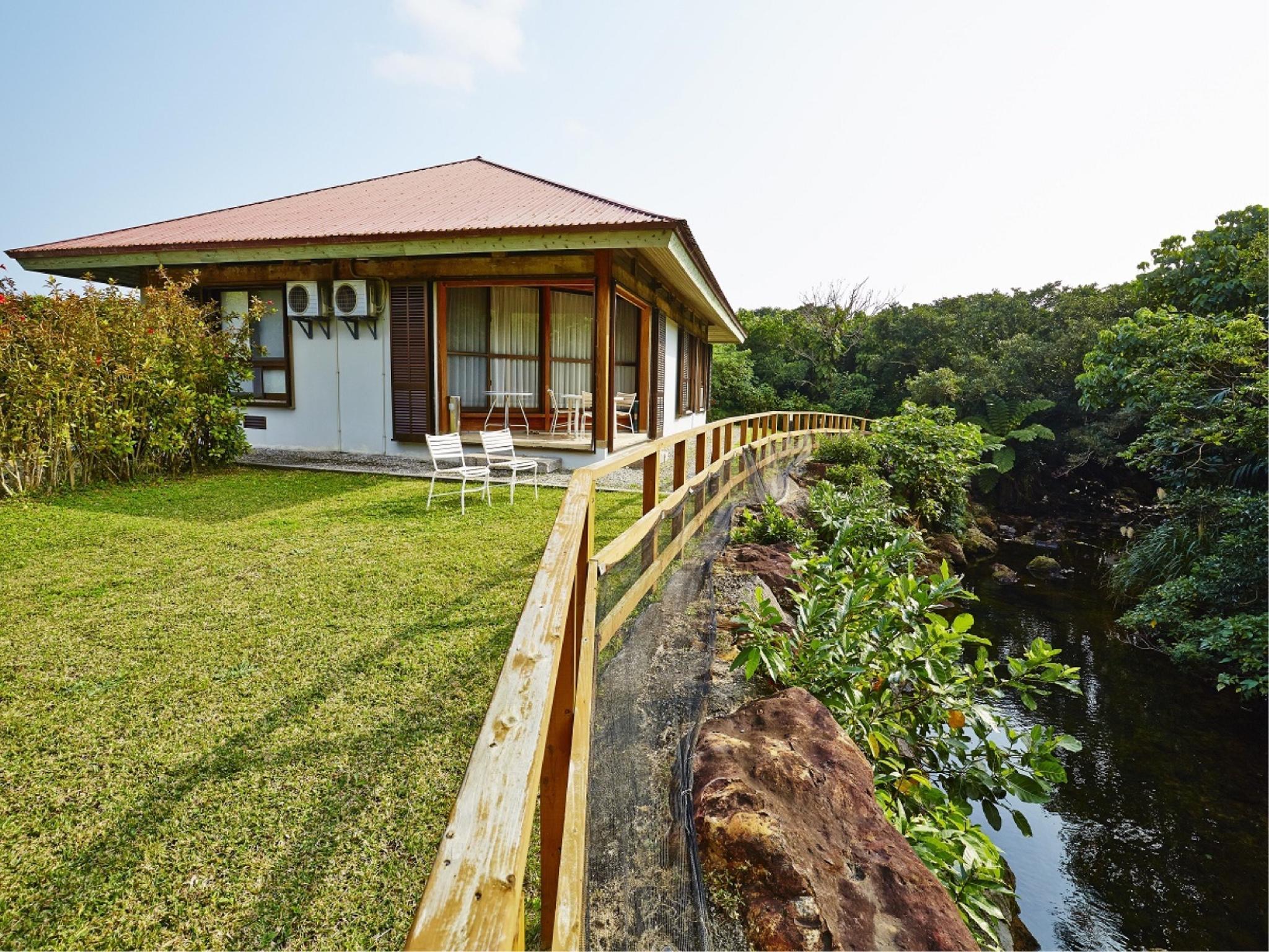 Iriomote Jima Jungle Hotel Painu Maya