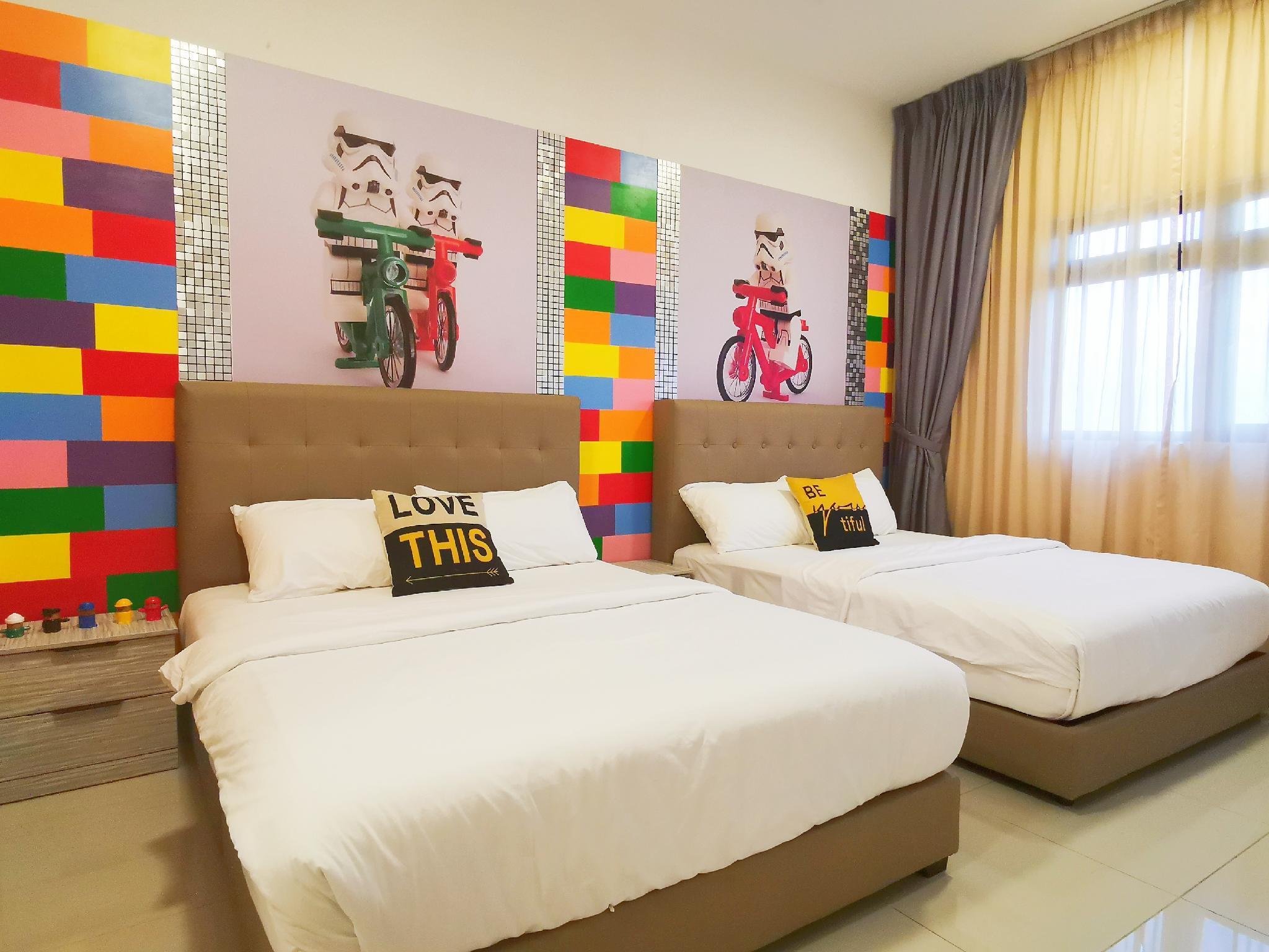 Legoland Medini 8pax  WIFI   @ JB City Home