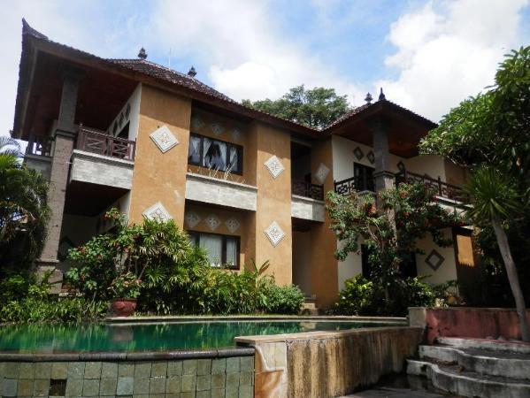 Sunshine Beach Bungalows and Restaurant Bali