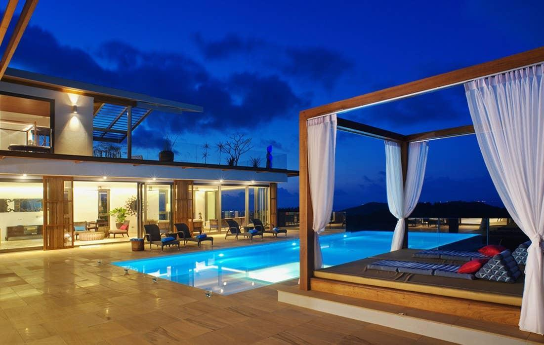 8 Bedroom Sea View Villa Blue   5* With Staff