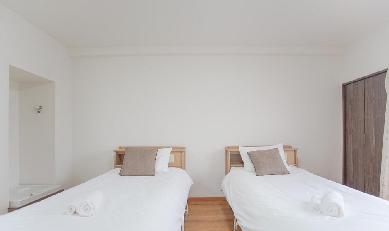 KAIKE HUIJIA Kamiitabashi  Olympics 2 Single Beds1