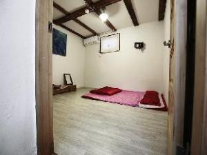 Hanok Guesthouse Punggeum