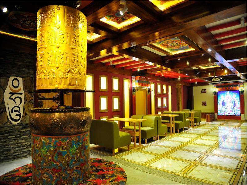 Ruo Chujian Youth Hostel