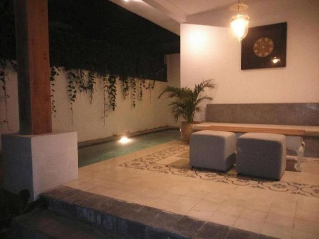 Nice Private Pool Villa with a shady garden