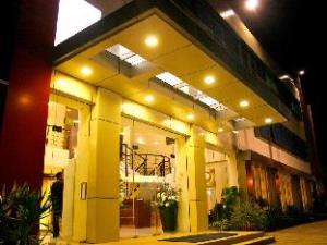 한눈에 보는 로열 맘베라모 호텔 (Royal Mamberamo Hotel)