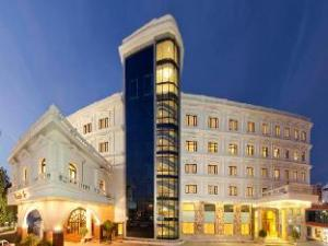 Anandha Inn Convention Centre and Suites
