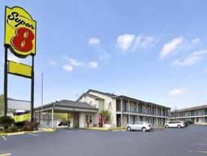 Super 8 San Antonio At And T Center / Coliseum Area Hotel