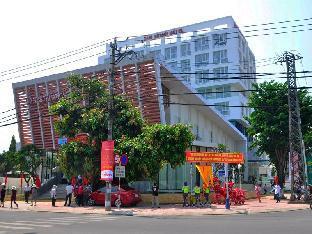 Khách sạn Cẩm Thành