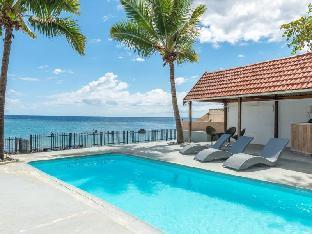 Villasun Beachfront Villa
