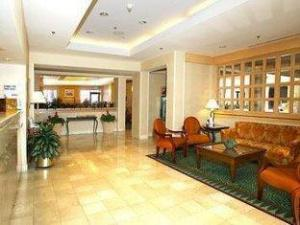 Courtyard By Marriott Tampa Downtown Hotel