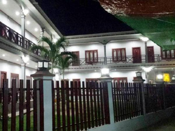 Mama Leurth Sunset Guesthouse Muang Khong