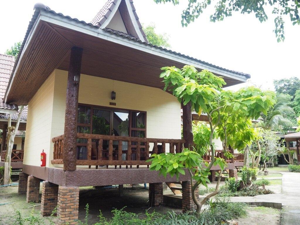 Serene Deluxe Villa   Few Steps To Beach 2