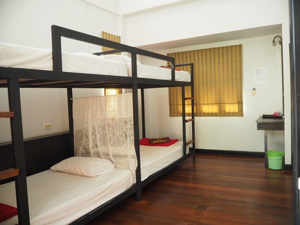 Cozy Private Quadruple room - 2 bunk beds 2 สตูดิโอ วิลลา 1 ห้องน้ำส่วนตัว ขนาด 40 ตร.ม. – อ่าวโละดาลัม