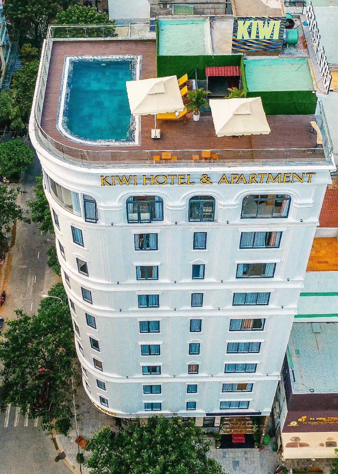 Kiwi Hotel And Apartments