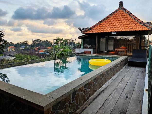 Romantic Private Room with INFINITY POOL