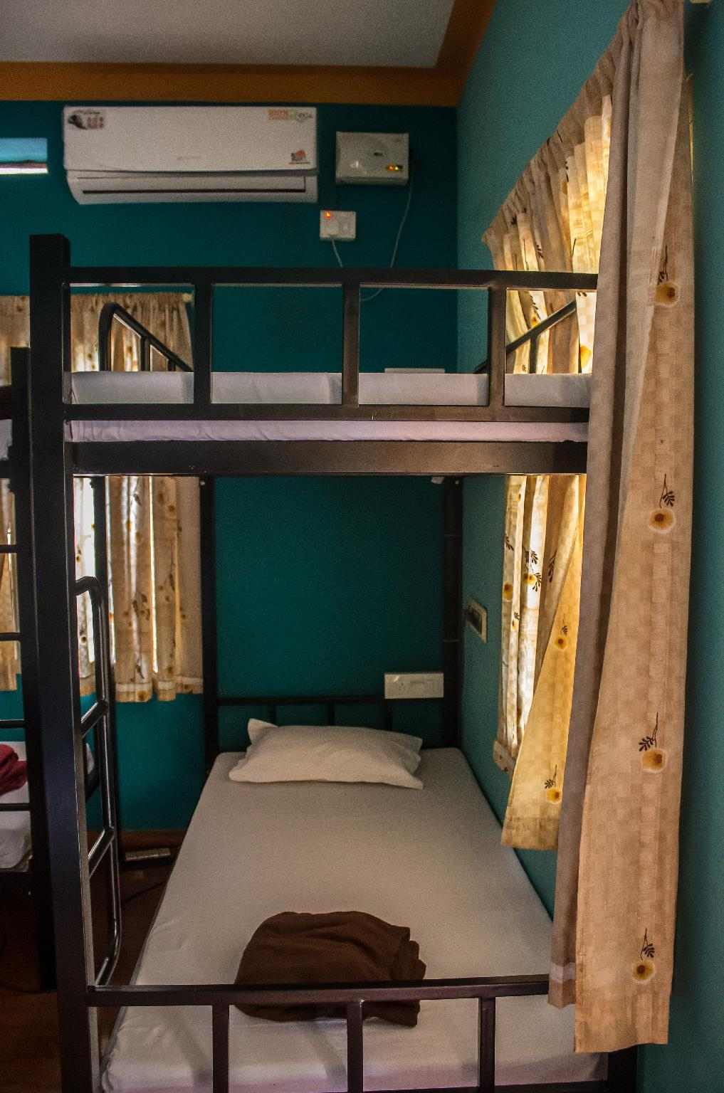 Hostel Lit