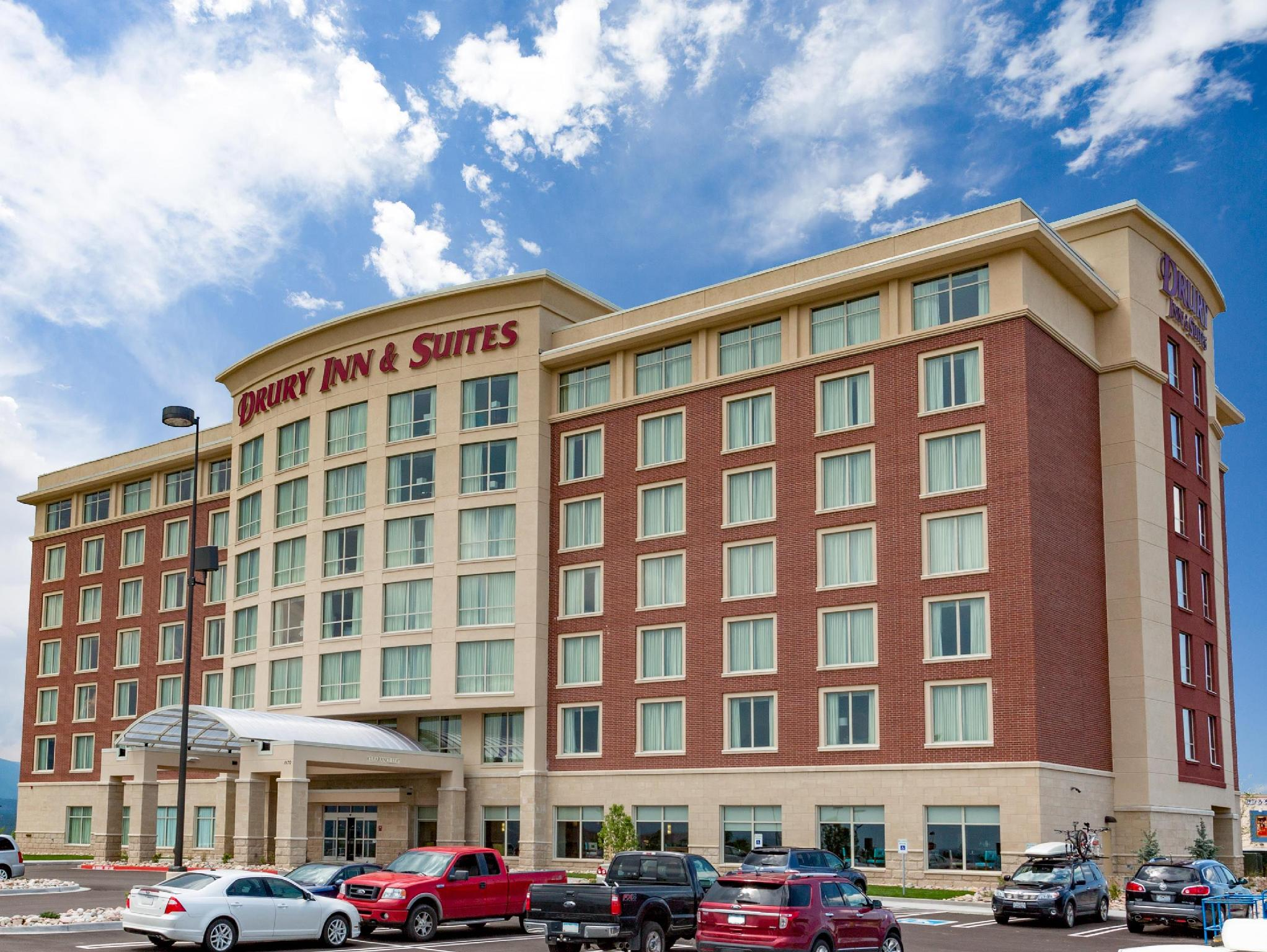 Hotel Review: Drury Inn & Suites Colorado Springs – Picture, Room Prices and Deals