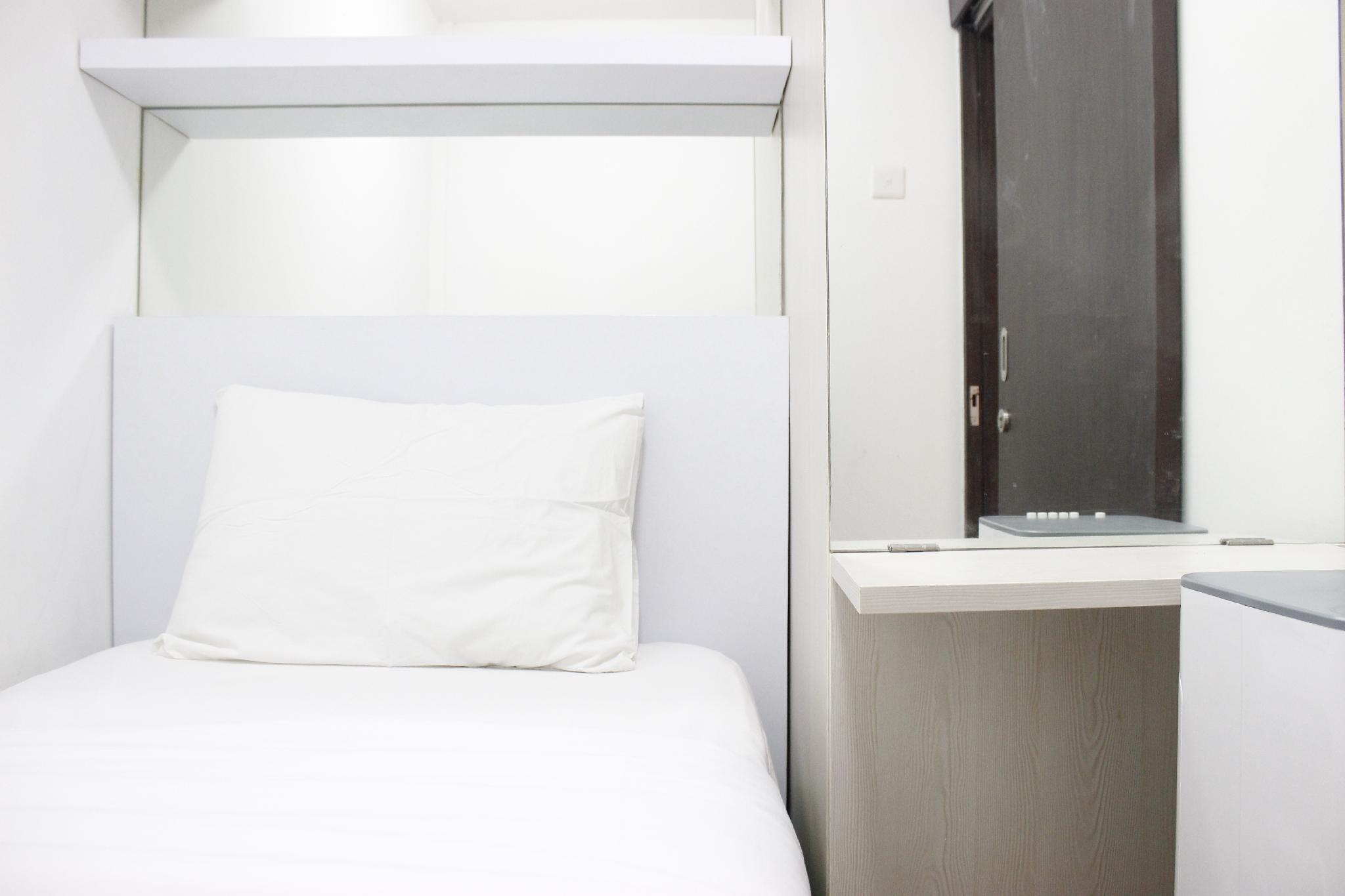 Minimalist 2BR The Jarrdin Cihampelas Apartment By Travelio