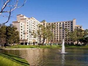 Marriott Suites Costa Mesa Hotel