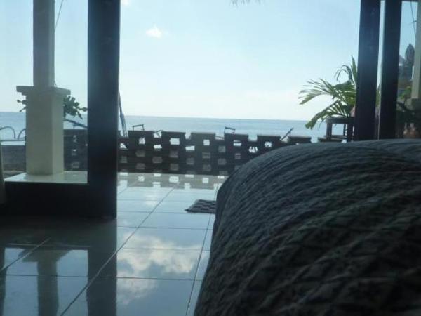 Tambun Sari Beach Homestay Bali