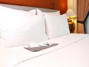 Le Meridien Jakarta Hotel