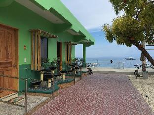 picture 3 of GT Seaside Inn