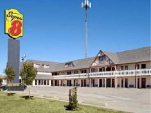 Super 8 Moore/Oklahoma City Area