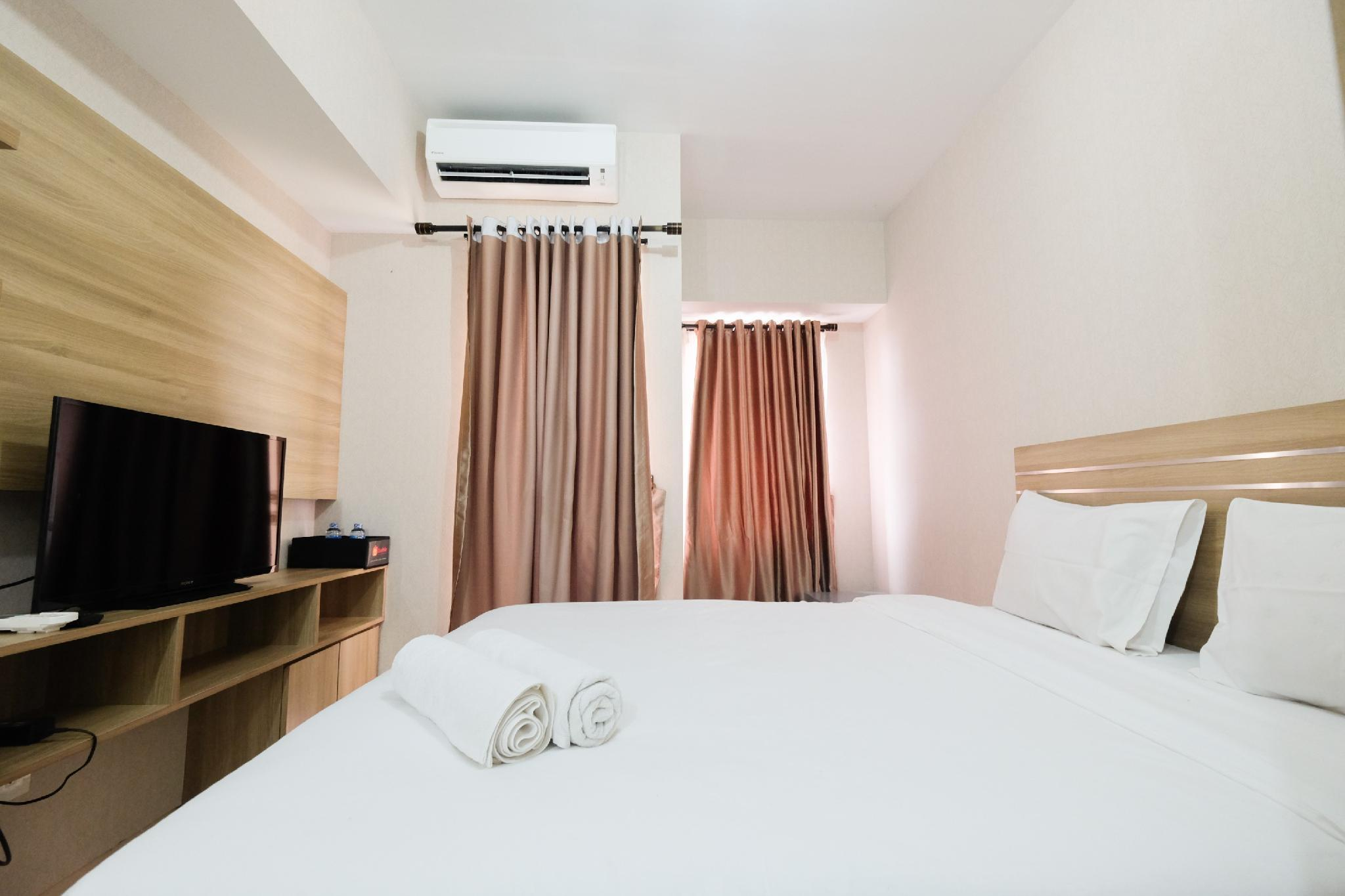 Comfy Studio At The Springlake Bekasi By Travelio