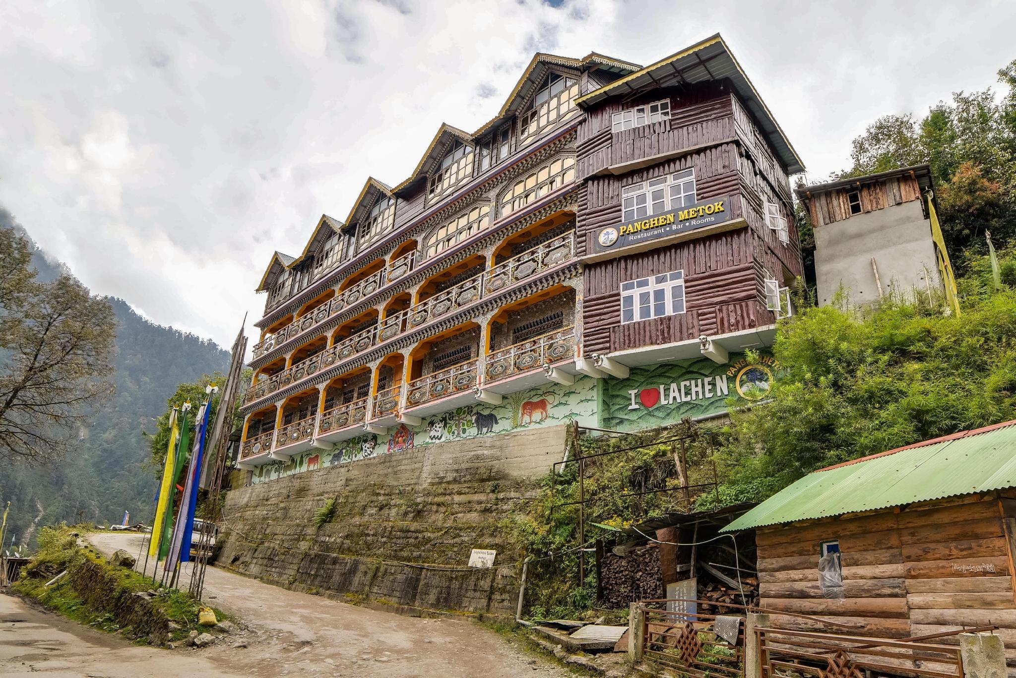 Summit Panghen Metok Hotel Lachen
