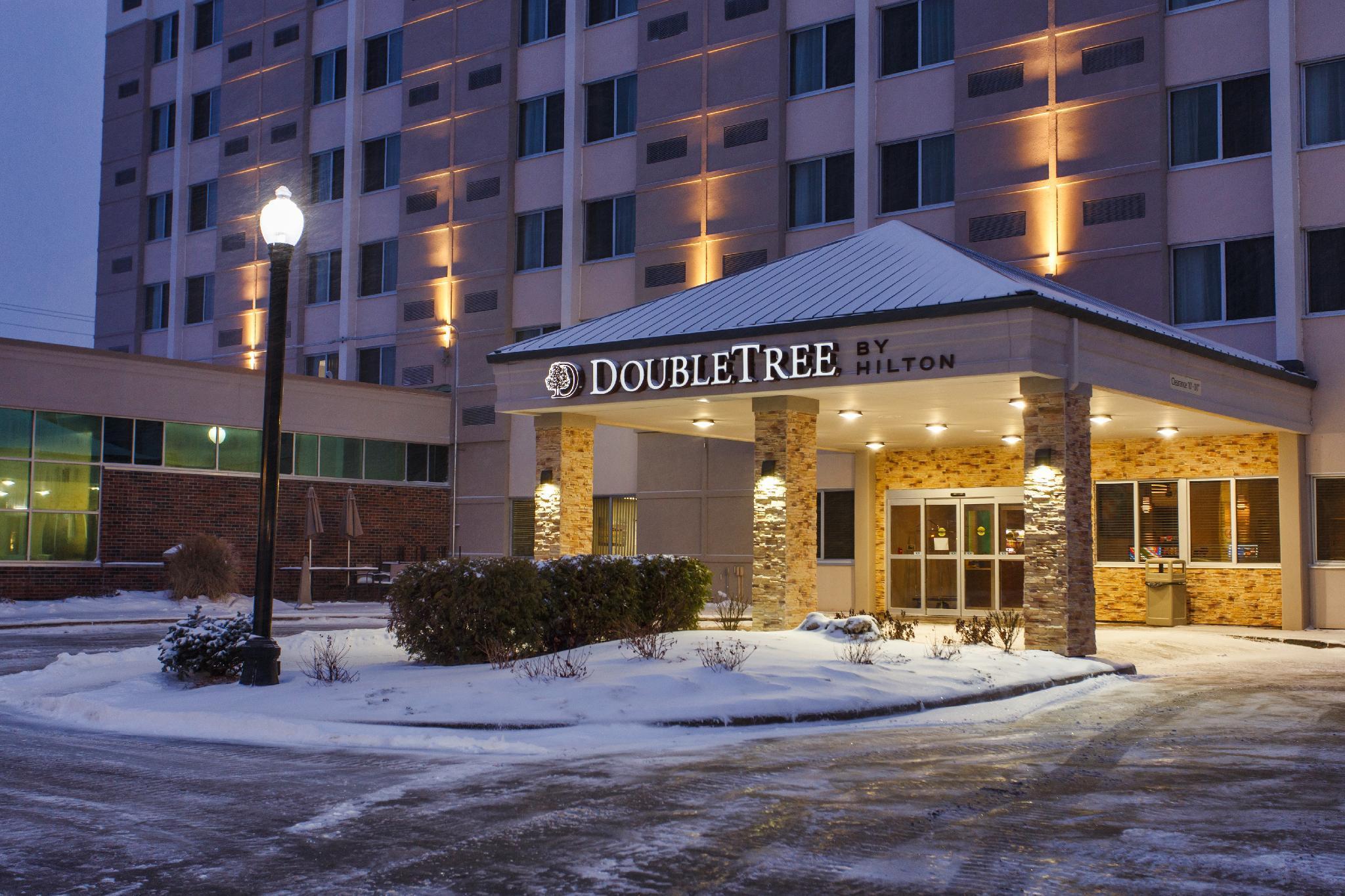 Riverwalk Hotel Downtown Neenah Discount