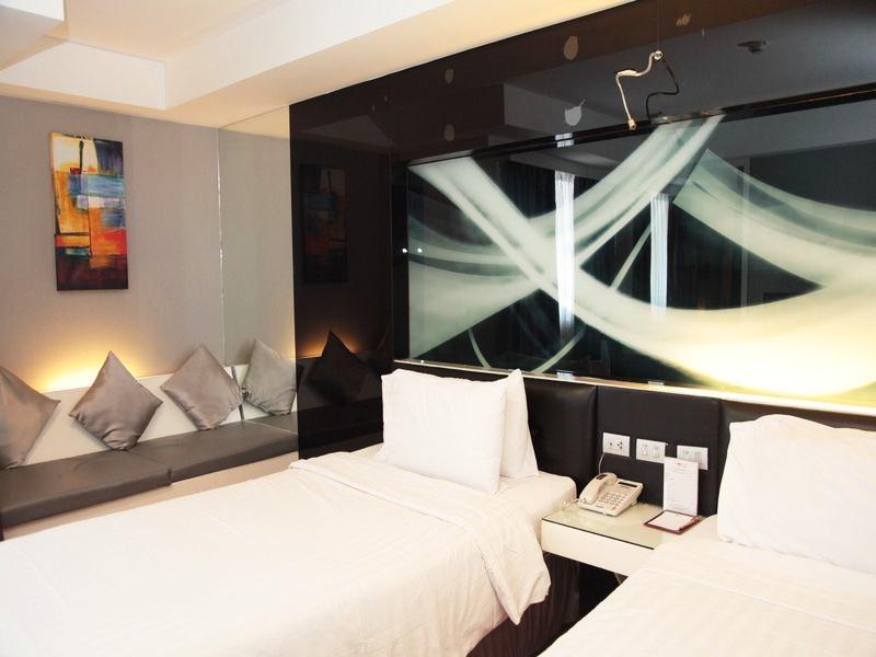 Nova Platinum Hotel โรงแรมโนวา แพลทตินั่ม