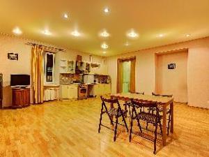 Apartments Longo Na Chaykovskogo 54