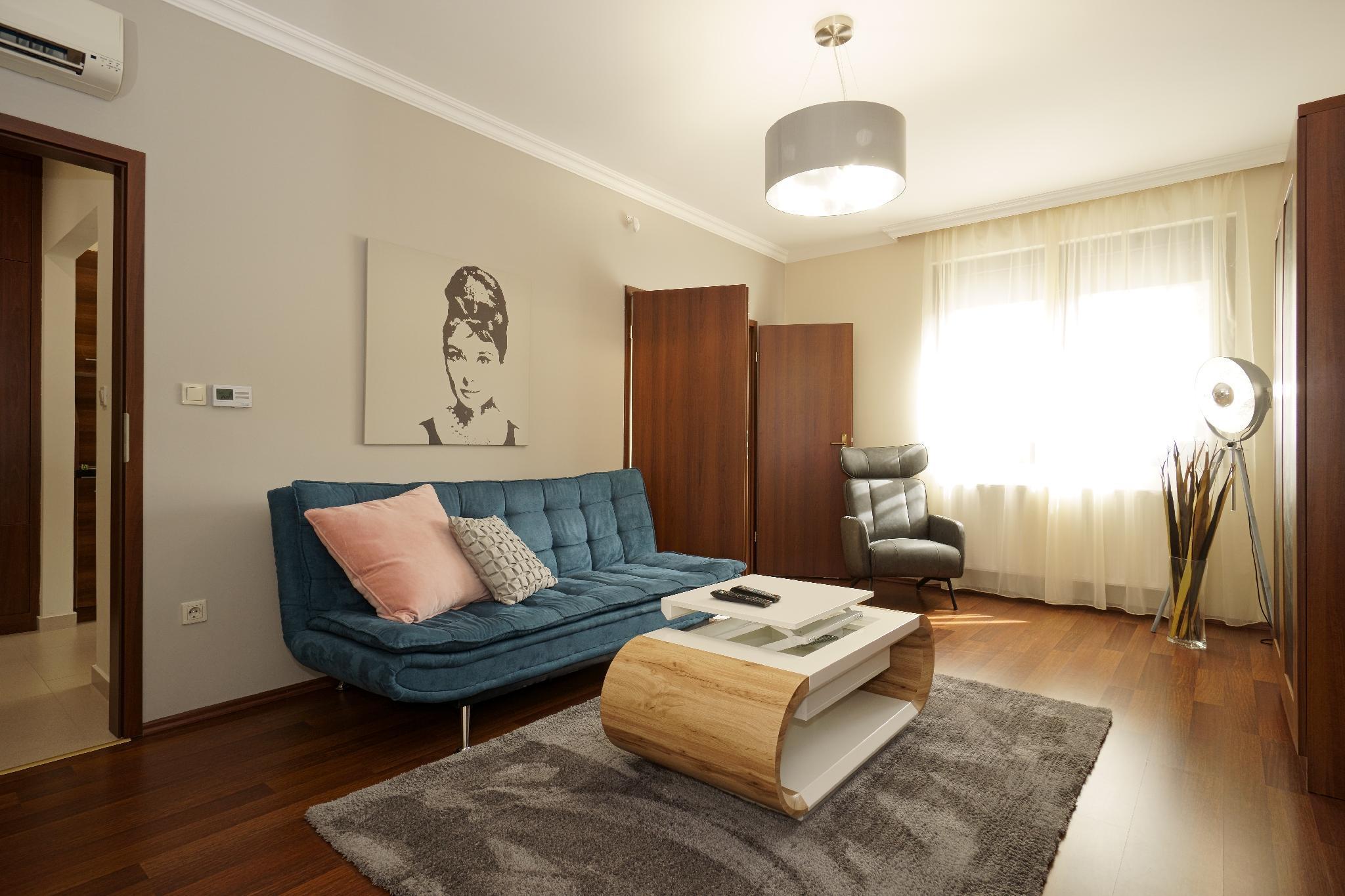 Central Apartment Kecskemet