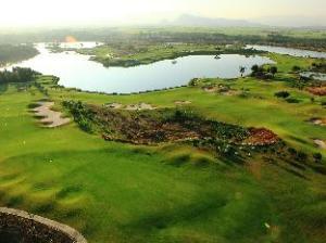 Grand Prix Golf Club