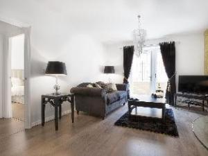 Campbell Park - City Stay Apartments