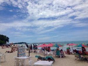 關於蘇梅島B3海灘度假村 (B2@Samui Beach Resort)