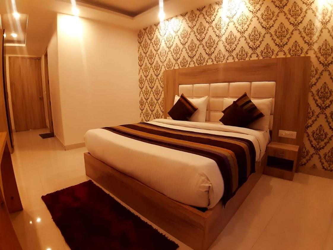 Modesty Hotel