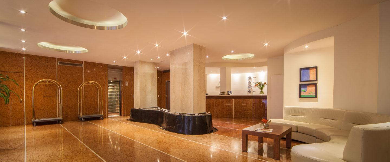 Plaza San Martin Suites Hotel