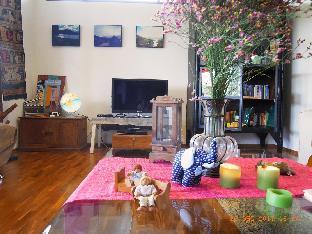[サーラピー]ヴィラ(1600m2)  4ベッドルーム/3バスルーム 4 BDR+Garden Chiang Mai 'Thai Actress' Resort Home