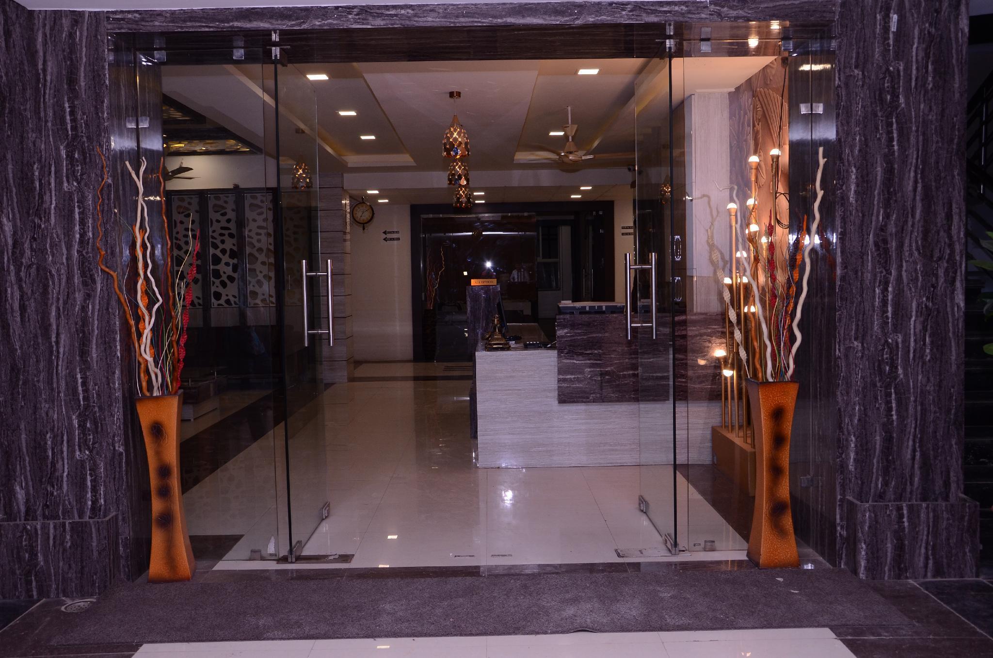 HOTEL GRAND SHIVAM